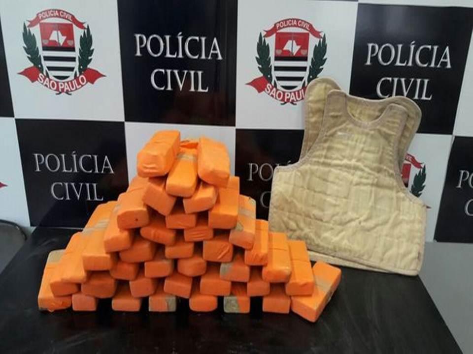 Drogas apreendidas em operação de Santos